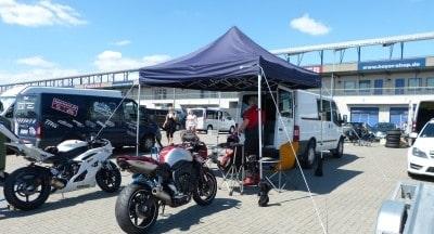 Race Tent im Einsat