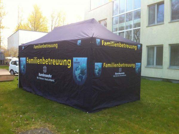 Faltpavillon 3x6m für Bundeswehr
