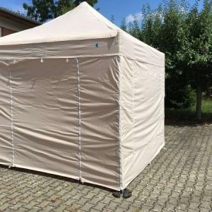Hellbraun/ beige: Tolle dezente Farbe für Compact Canopy Faltpavillons