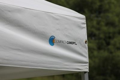 Stabiles, wasserdichtes Dach für Compact Canopy.