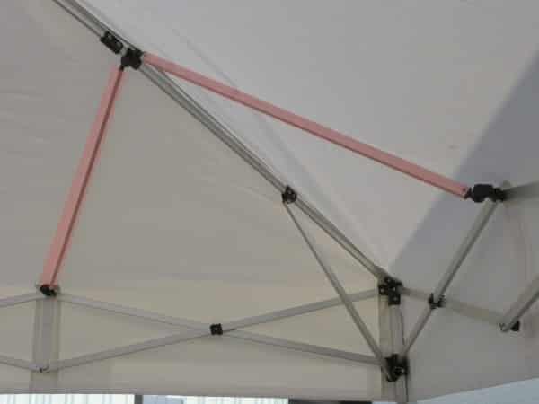 Verstärkter Rahmen für den Faltpavillon LT