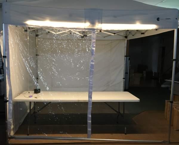 Corona Spuckschutz für Marktzelt hochkant