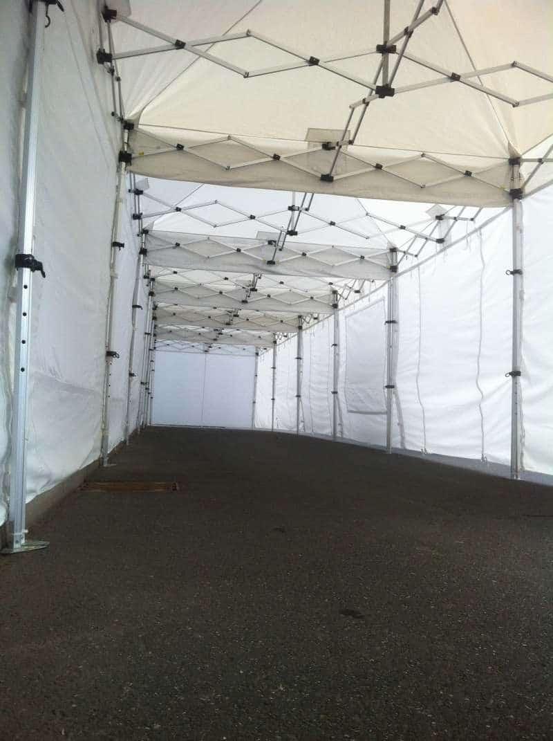 Viele Faltpavillons für Event 03